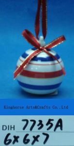 Hand-Painted Ceramic Santa Bauble for Christmas Tree Decoration pictures & photos