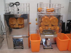 Auto Orange Juicer for Squeezing Orange Juice (GRT-2000E-4) pictures & photos