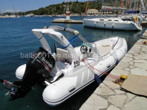 Rib Sprots Fishing Fiberglass Rigid Inflatable Motor Boat Yacht 580 with Center Console