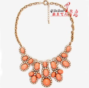 Hot Selling Zinc Alloy Forever Design The Banquet Gorgeous Necklace with Stones (FT332)