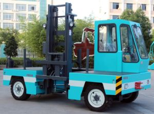 3.0ton Electric Side Load Forklift pictures & photos