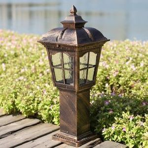 Resonable Design Solar Garden Light Made in China, Easy and Quick Installation pictures & photos