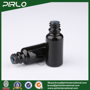 20ml Black Lightproof Glass Spray Bottles with White New Pump Sprayer pictures & photos