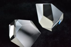 Roof Prisms for Spotting Scopes