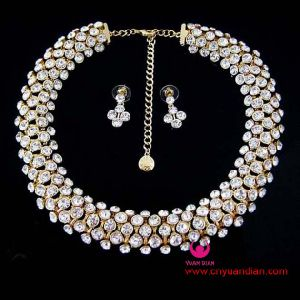 High Quality Luxurious Crystal Stone Jewelry Set