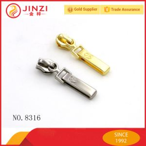 OEM Custom Brand Logo Metal Zipper Puller and Zipper Pulls pictures & photos