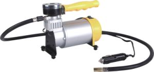 Two Cylinder DC12V 150psi Mini Car Air Compressor pictures & photos
