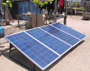 Home Use 800W 1kw 2kw off-Grid Solar Power System pictures & photos