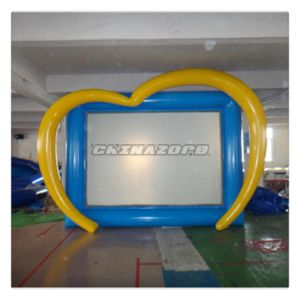 Amazing Custom New Designed PVC Inflatable Movie Screen with Heart Shape