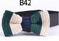 New Design Fashion Men′s Knitted Bowtie (B42) pictures & photos