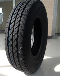 High Performance Radial UHP Car Tire 4*4 for Jeep Car Tire PCR Tire 235/50zr17 235/50zr17 pictures & photos
