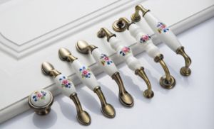 Cabinet Door Handles Pulls / Drawer Handles Pulls Knobs Ceramic Brass White  Chinese Orchid Flower Dresser