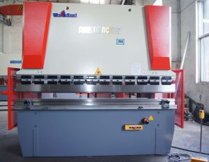 Hydraulic Press Brake Wc67y 100t2500 pictures & photos