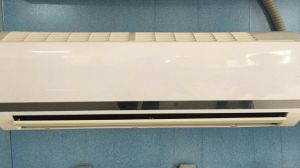 9000BTU 220V 50Hz Cooling Only Common Air Conditioner