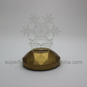 Newest Plastic Romantic Customized Multicolor Indoor Using Party Luminary Snowflake Acrylic LED Light pictures & photos