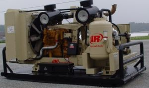 Xhp1170 Doosan Portabel Screw Type Compressor, Ingersoll Rand Mobile Screw Compressor, Diesel Drive Compressor