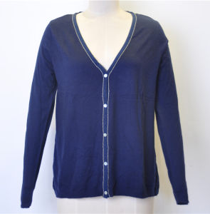 Women V-Neck Cardigan Knit Sweater with Button pictures & photos