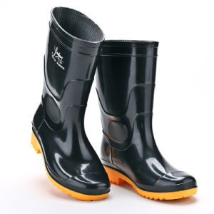 Cheap Rubber PVC Rain Work Men Safety Boots pictures & photos