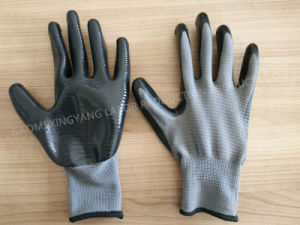 Zebra-Stripe Natrile Coated Glove Labor Protective Safety Work Gloves (N6035) pictures & photos