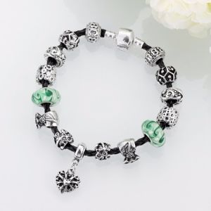 Fashion Gift Glass Beads Heart Shaped Adjustable Bracelet Jewelry pictures & photos