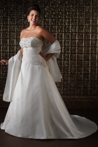 New 2010 Plus Size Wedding Dress (Q3)