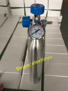 Medical Aluminum Oxygen Gas Cylinder Portable Oxygen Bottle pictures & photos