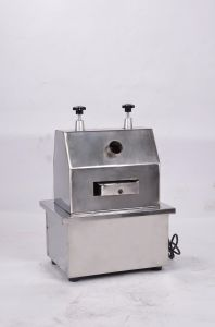 Food Sanitary Stainless Steel Electric Sugarcane Juicer pictures & photos
