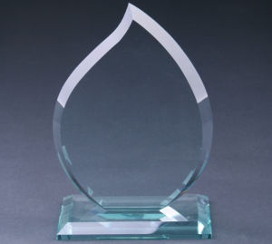 Manufacturer High Quality Cheap Glass Award Crystal Trophies pictures & photos