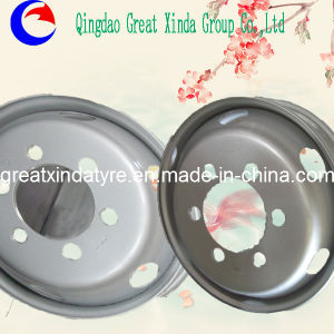 Steel Wheel for Light Truck pictures & photos