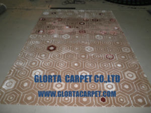 Hand Tufted Wool& Silk Carpet pictures & photos