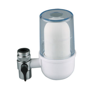 Tap Water Filters with Ceramic Filter or Carbon Combined Calcium Sulfite Filter to Wippe of Chemical and Bacterials pictures & photos