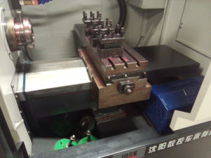 Small Size Servo Motor CNC Lathe with Ce pictures & photos