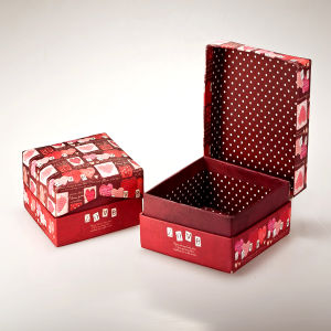 Custom Paper Gift Box Packaging Wholesaler