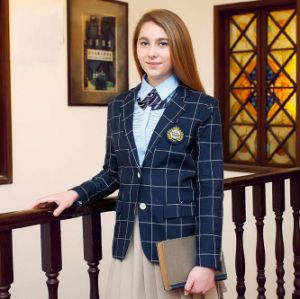 Customized Middle School Uniform pictures & photos