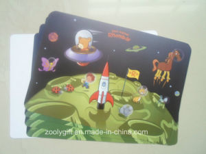 Colored Eco-Friendly Plastic Placemat Promotional Gift Table Mat pictures & photos
