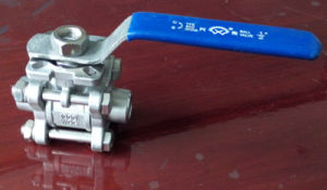 High Platform Pad 3PC Female Thread Ball Valve pictures & photos