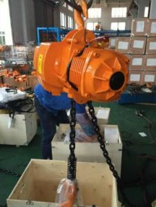 500kg to 5ton Electric Chain Hoist with Electric Trolley pictures & photos