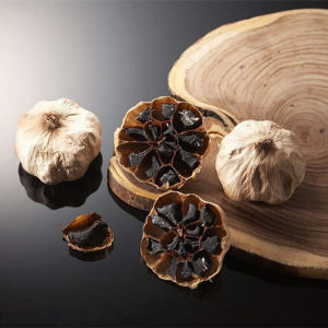 Precise Fermented Whole Head Black Garlic pictures & photos