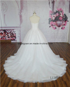 High Quality Lace Applique Bridal Dress Deep V Wedding Gown pictures & photos