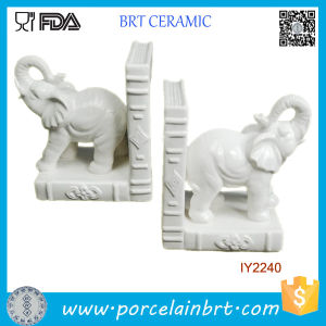 Decorative 2PCS White Glazed Ceramic Elephants Bookend pictures & photos