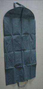 High Quality Non-Woven Garment Cover Bags for Storage (FLS-8806)