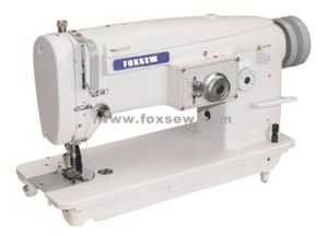 Flat Bed Unison Feed Zigzag Sewing Machine pictures & photos