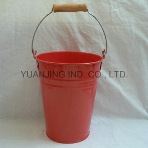 Hot Sell Garden Decoration Tin Flower Bucket with Wood Handle