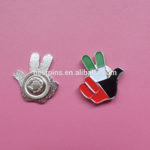 UAE National Day Commorative Lapel Pins, Die Struck Brooch for UAE National Day, Soft Enamel UAE Flag Sign Pin Badges, Hand Shape Victory Emblem Brooch pictures & photos