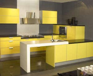 Yellow Kitchen Cabinet (ZH factory) pictures & photos
