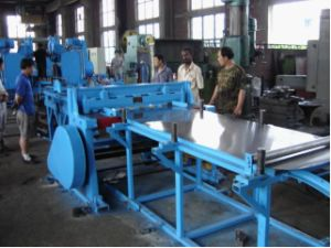 55 Gallon Steel Drum Uncoiling and Flattening Line Machines pictures & photos