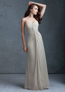 Pleated Chiffon on Bodice Long A-Line Bridesmaid Dresses (BD3046) pictures & photos