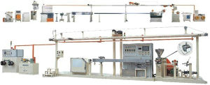 Ce/ ISO9001 / 7 Patents Approved Cable Extruder Chemical Foaming Extrusion Line pictures & photos