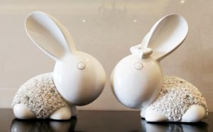 china realistic bunny polyresin rabbit figurines for home and