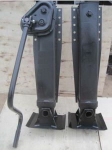 Trailer Truck Landing Gear 28t Outside Linked pictures & photos